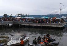 pencarian korban di Danau Toba