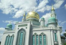 sholat-jumat-masjid-katedral-moskow-2