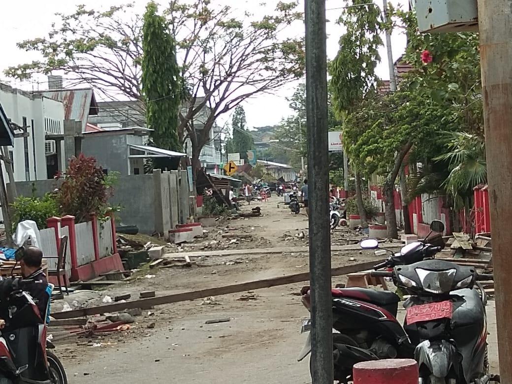 Suasana Kampung Tipo di Barat Kota Palu Pada Sabtu (29/9/2018) Sore