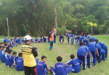 Siswa Kelas PK SMP Muh 1 Simpon Outbond di Klaten