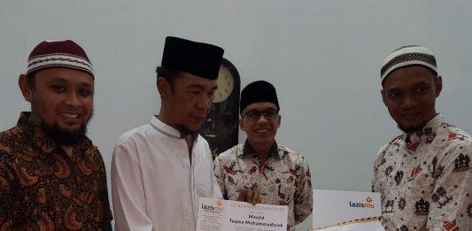 Jamaah Masjid Taqwa Muhammadiyah Pekanbaru Berdonasi Bagi Korban Bencana di Sulteng