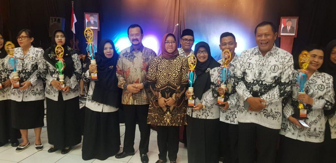 Dua Guru SMA Muhammadiyah 1 Surakarta Rebut Juara PTK