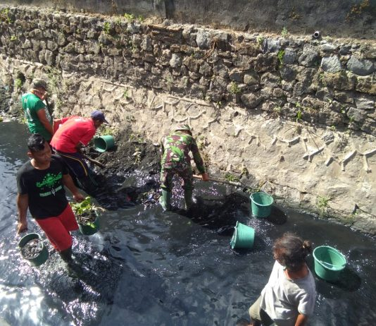 TNI Karya Bakti Daerah di kalurahan Kedunglumbu