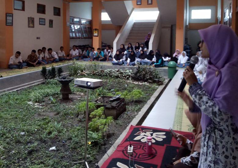 IPM SMA Muhammadiyah PK Kottabarat Galang Dana Korban Tsunami