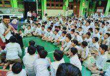 SD Muhammadiyah 1 Ketelan Gelar Parade Dongeng Kebaikan