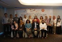 """""""Pemenuhan kebutuhan informasi bagi UKM begitu penting, di mana pemerintah selayaknya mampu memberikan fasilitas penyediaan pusat informasi untuk memenuhi kebutuhan bisnis UKM dalam era digital saat ini,"""" kata Victoria Simanungkalit saat membuka workshop yang diselenggarakan Kementerian Koperasi dan UKM bersama GIZ, Selasa (2/7) di Jakarta. Worskshop mengangkat tema """"Strengthening National SME Information Center to Support the ASEAN SME Service Center""""."""