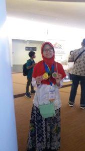Amanda Trishya Aulia, siswa kelas 8 SMP Muhammadiyah Program Khusus (PK) Solo