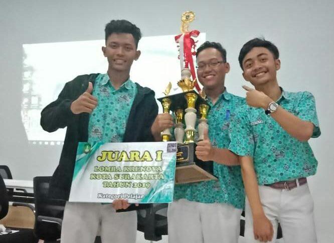 Siswa SMA Muhammadiyah PK Kottabarat Juarai Ajang Krenova 2019 Surakarta