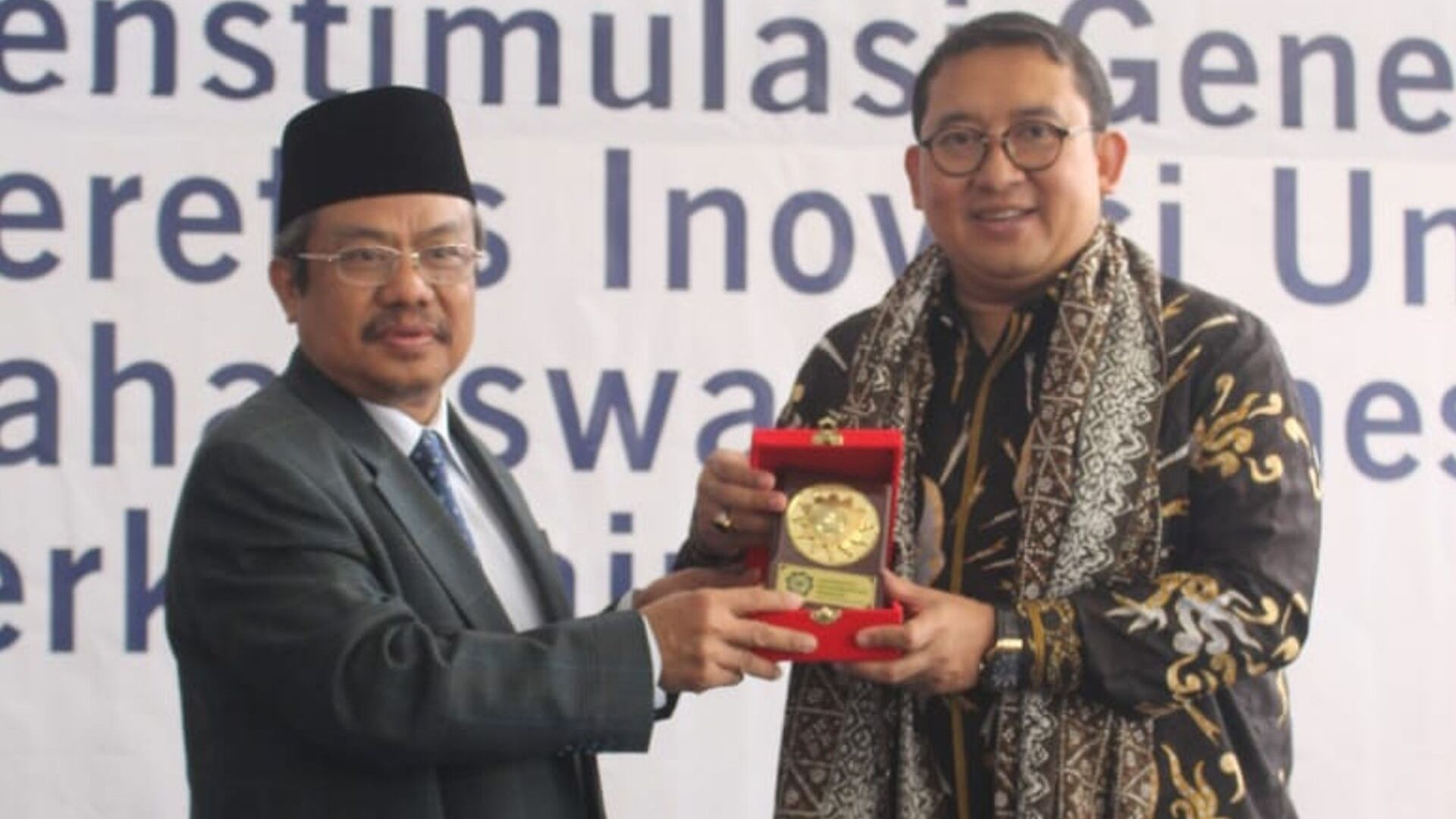 """Mahasiswa Baru UM Bandung Ikuti """"Pesona"""""""