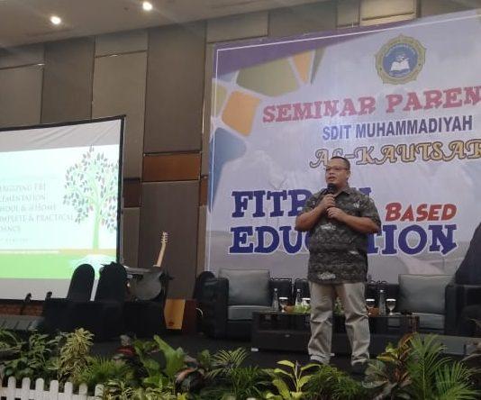SDIT Muhammadiyah Al-Kautsar Adakan Seminar Parenting