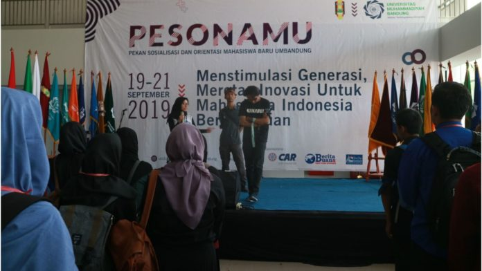 Mahasiswa Baru UM Bandung Ikuti