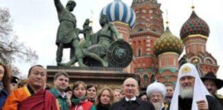National Unity Day, Cara Rusia Mengobati Luka Masa Lalu