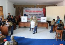 SD Muhammadiyah Purworejo Kunjungi KPU Purworejo
