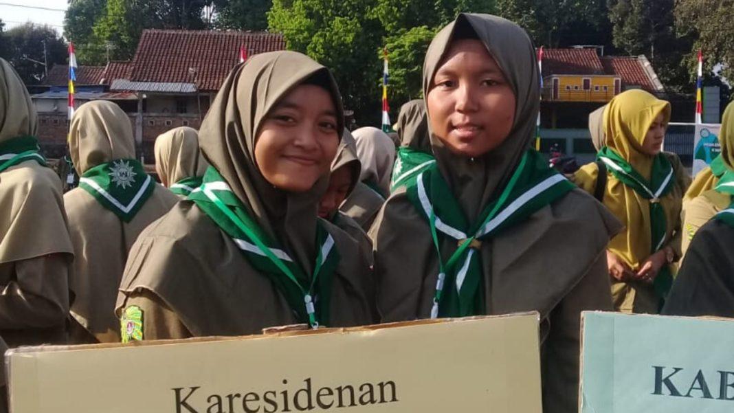 Dua Siswi SMA Muhammadiyah Mayong Ikuti Perkemahan Besar Pandu Putri Ke-2 HW Jateng