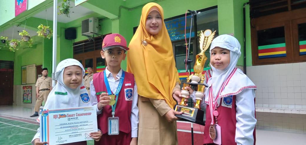 SD Muhammadiyah 1 Ketelan Umumkan Siswa Berprestasi