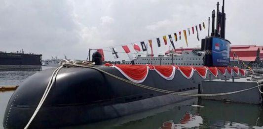 Kapal Selam Alugoro Buatan PT PAL