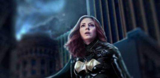 """Karen Gillan Akan Bintangi """"Batgirl"""""""