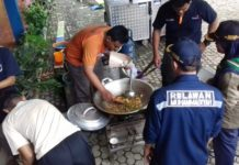 Dapur Umum di Rawa Wangi
