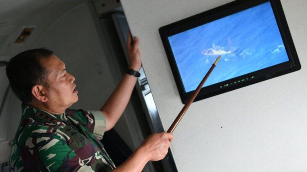 Pasukan TNI Patroli udara di Laut Natuna